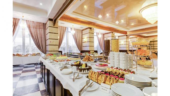 Гостиница Украина - фото (1333-7383)
