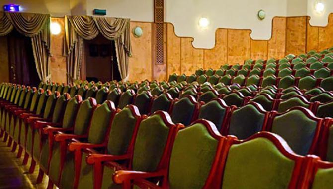 Київський академічний театр ляльок - фото (1464-7975)